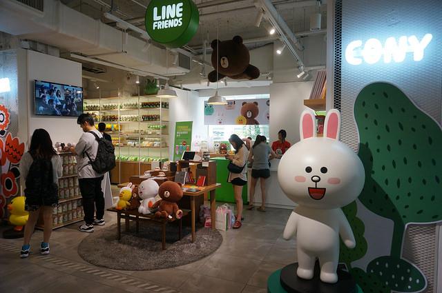 【乙支路入口站】快來韓國找熊大、兔兔~『LINE FRIENDS』明洞長駐門市!