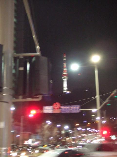 【忠武路站】首爾的精神象徵(N首爾塔/南山塔)+泰迪熊博物館、空中旋轉咖啡廳、星空算命、SM經紀公司合作STAR N TOY官方週邊展售