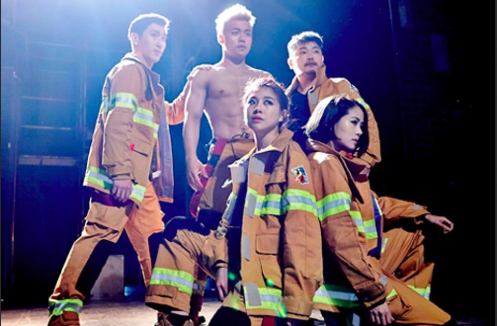 【市廳站】你不知道的英雄故事- 準備出動!消防員~ (FIREMAN 파이어맨)-首爾最新熱門表演秀!