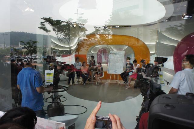 【數碼媒體城站】現場觀看韓國LIVE娛樂新聞 – 와이드 연예뉴스