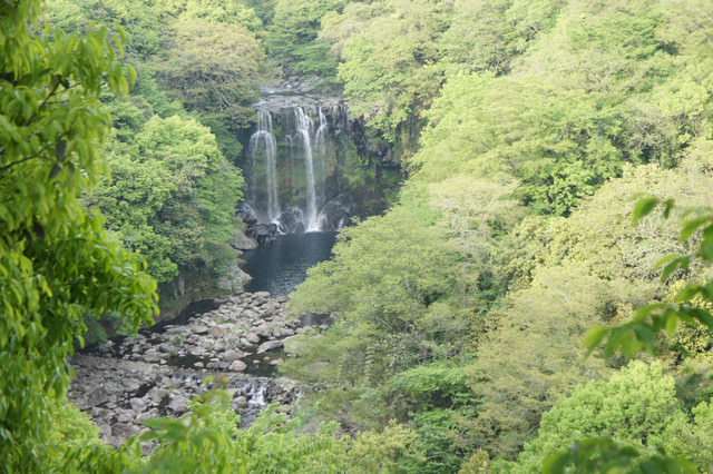 【濟州島西部】中文觀光園區 – 天帝淵瀑布천제연폭포(七仙女神話中的自然瀑布景觀)