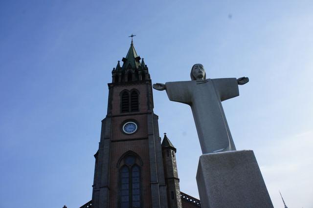 【明洞站】喧嘩中的寧靜…『明洞聖堂(明洞天主大教堂)』