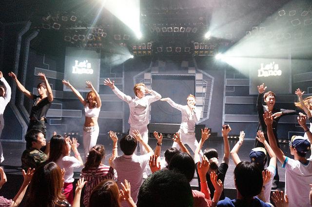 【鐘路三街站】一起唱歌跳舞的舞台劇『愛舞動 / 사춤』東方神起、JYJ、BOYFRIEND也來看!!