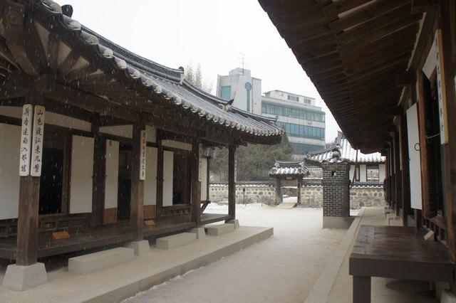 【忠武路站】首爾市區內保留最完整的-南山谷韓屋村