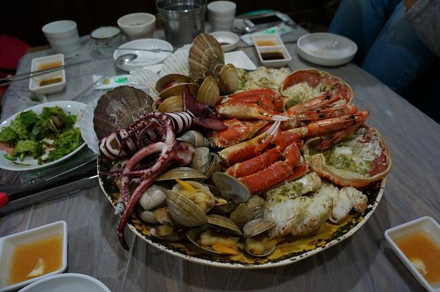 【市廳站】帝王蟹食堂/大螃蟹食堂 대게식당~首爾上班族的美食天堂-北倉洞美食街북창동음식거리