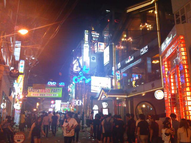 【弘大入口站】弘大the Club Day-韓國型男正妹聚集狂歡最熱鬧的一晚