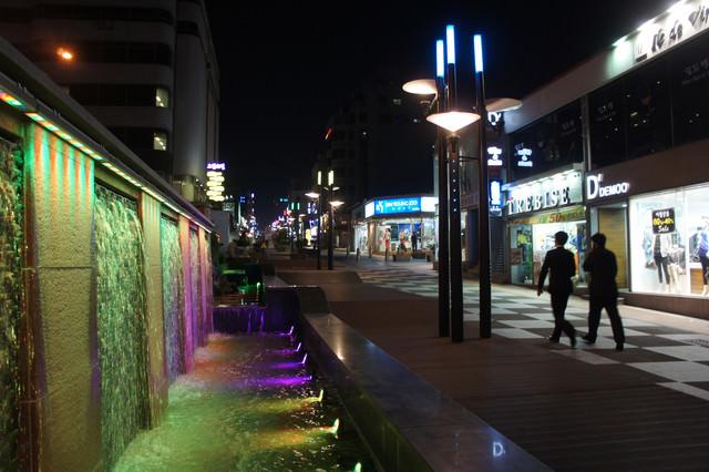 【濟州島市區】神話的商街 – 蓮洞購物商街(연동 재원사거리) + 新羅免稅店 + E-MART + 樂天超市