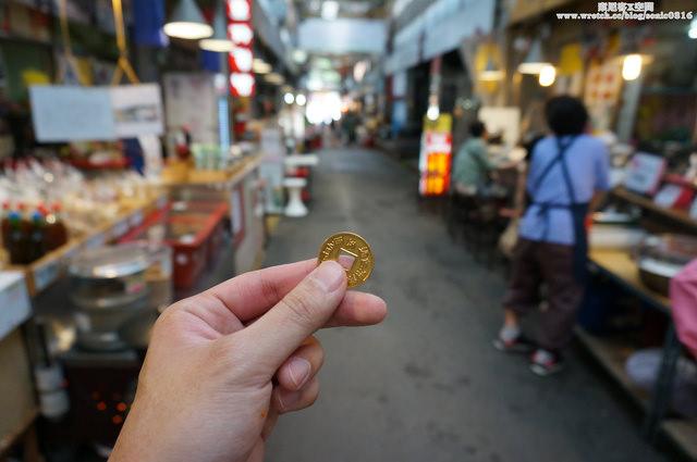 """【景福宮站】用手上的銅幣吃遍市場美食 – """"通仁市場"""""""