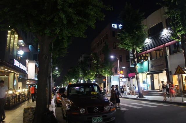 【新沙站】江南的流行時尚大道 – 新沙林蔭大道