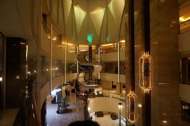 【蠶室站】韓國頂級樂天飯店 – La Seine 라세느(龍蝦吃到飽自助頂級buffet)…其實很划算!!